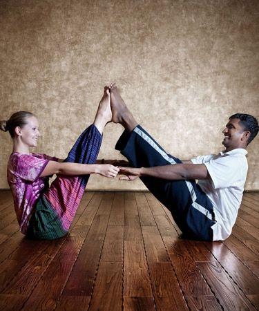 partner yoga doubles