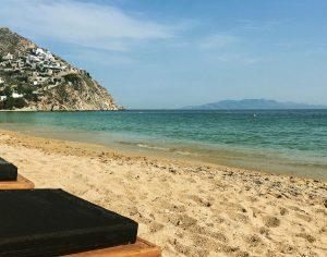 mykonos yoga retreat with yoga escapes