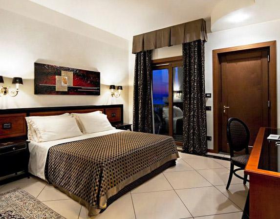 Minareto 5 Star Hotel Bedroom - Sicily