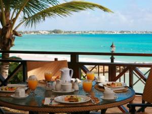 Breakfast by the sea in Egypt on a luxury yoga retreat