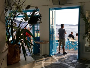 caprice-bar-yoga-retreat-mykonos