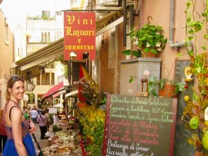 enjoying a day trip to taormina sicily on a yoga retreat with yoga escapes