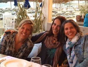 dinner with our yogis in mykonos greece with yoga escapes