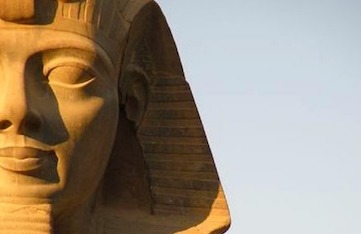 trip to luxor egypt on a luxury yoga retreat with Yoga Escapes