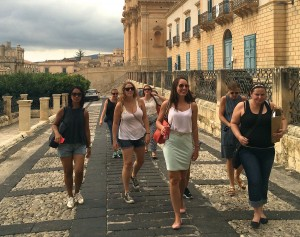Shopping in Noto on a Yoga Retreat in Sicily