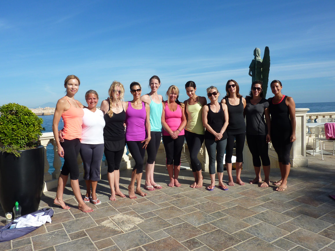 Sicily yoga group on a Yoga Retreat