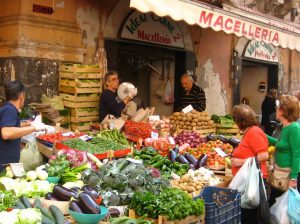 street market in italy on a yoga retreat