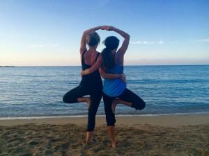 yoga-dusk-crete-beach