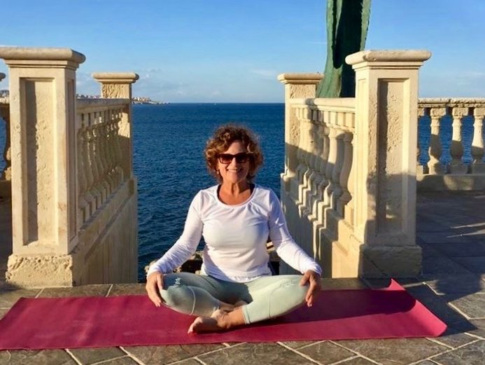 Vinyasa yoga or restorative yoga – which is better for you?