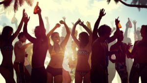 mykonos beach bars