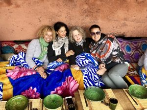 realxing with our yogis on a morocco yoga retreat