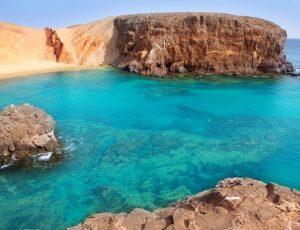 lanzarote-el-papagayo-playa-beach-in-canary-islands-yoga-retreat