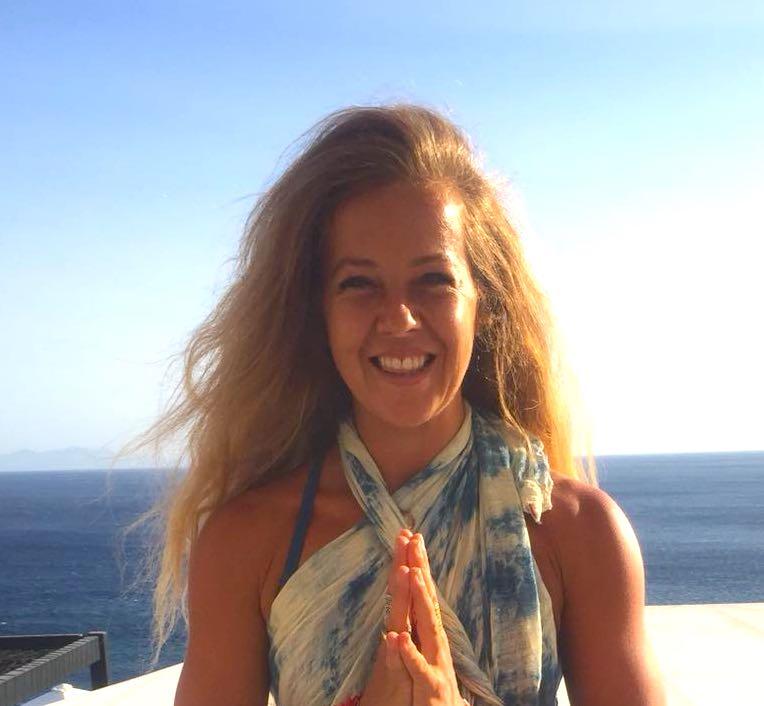 liz joubert yoga teacher yoga escapes retreat