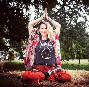 daniela-olds-vinyasa-yoga-teacher-with-yoga-escapes