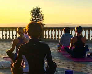 meditation-yoga-retreat-italy-with-yoga-escapes