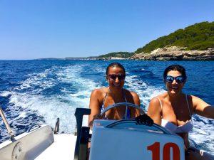 boat-rides-luxury-yoga-retreat-menorca-spain