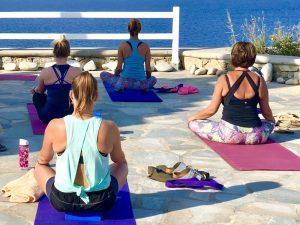 stillness-mykonos-luxury-yoga-retreat-yoga-escapes