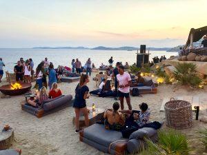 sunset-drinks-mykonos-yoga-retreat-scorpios