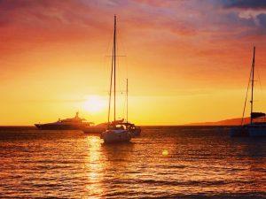 sunset-luxury-yoga-retreat-mykonos-greece