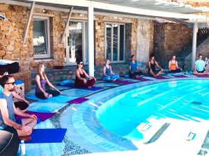 yin-yoga-luxury-yoga-retreat-mykonos-greece