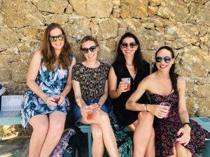 yoga-friends-luxury-yoga-retreat-mykonos-greece