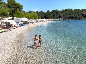 beach-near-rovinj-luxury-yoga-retreat