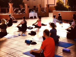 meditiation-yin-luxury-yoga-retreat-morocco