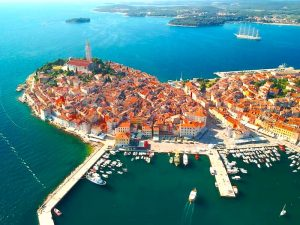 rovinj-town-luxury-yoga-retreat-croatia