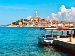 view-of-rovinj-pedestrian-town-croatia-yoga-retreat