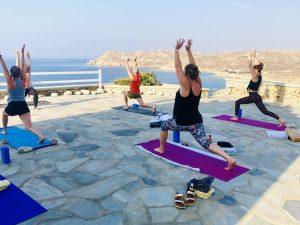 lunging-yoga-retreat-mykonos-greece