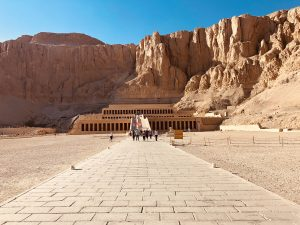 ancient-sites-luxury-yoga-retreat-egypt