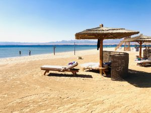 beach-luxury-yoga-retreat-egypt