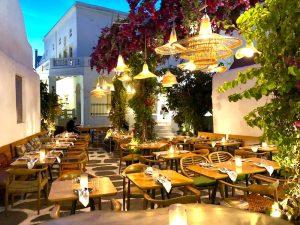 mykonos-town-square-luxury-yoga-retreat