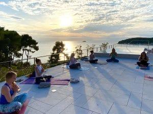 yin-class-luxury-yoga-retreat-croatia