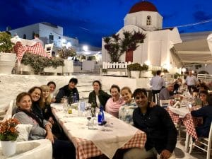 yogis-dinner-mykonos-greece