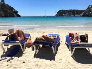 beach-time-yoga-retreat-menorca-spain